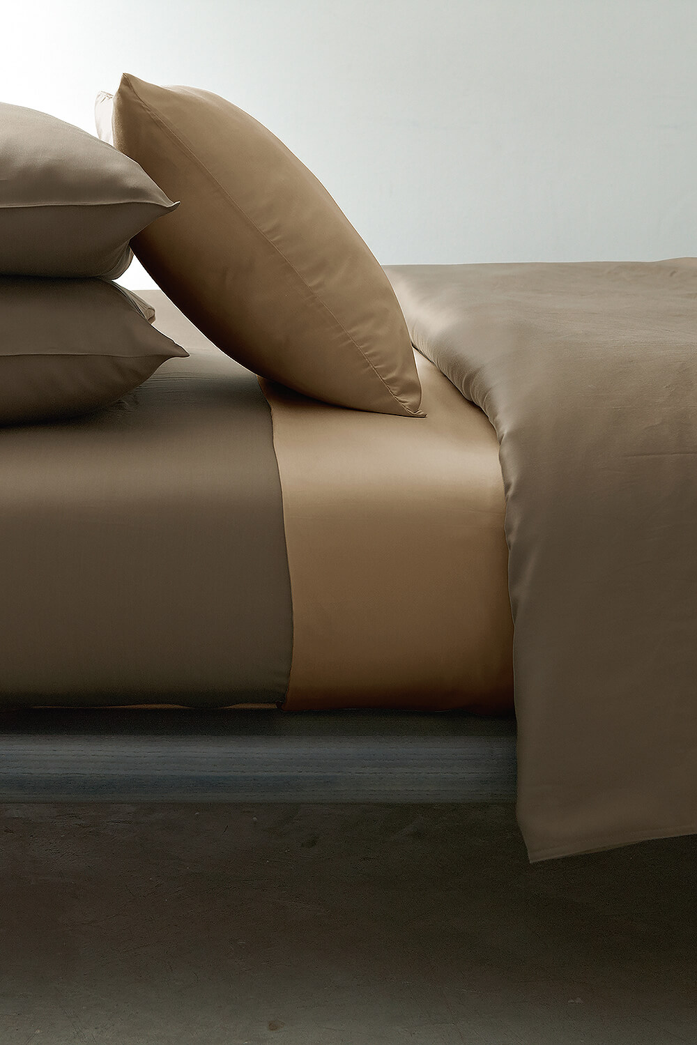 omazz-tencel-smooth-saddle-tan-o-3